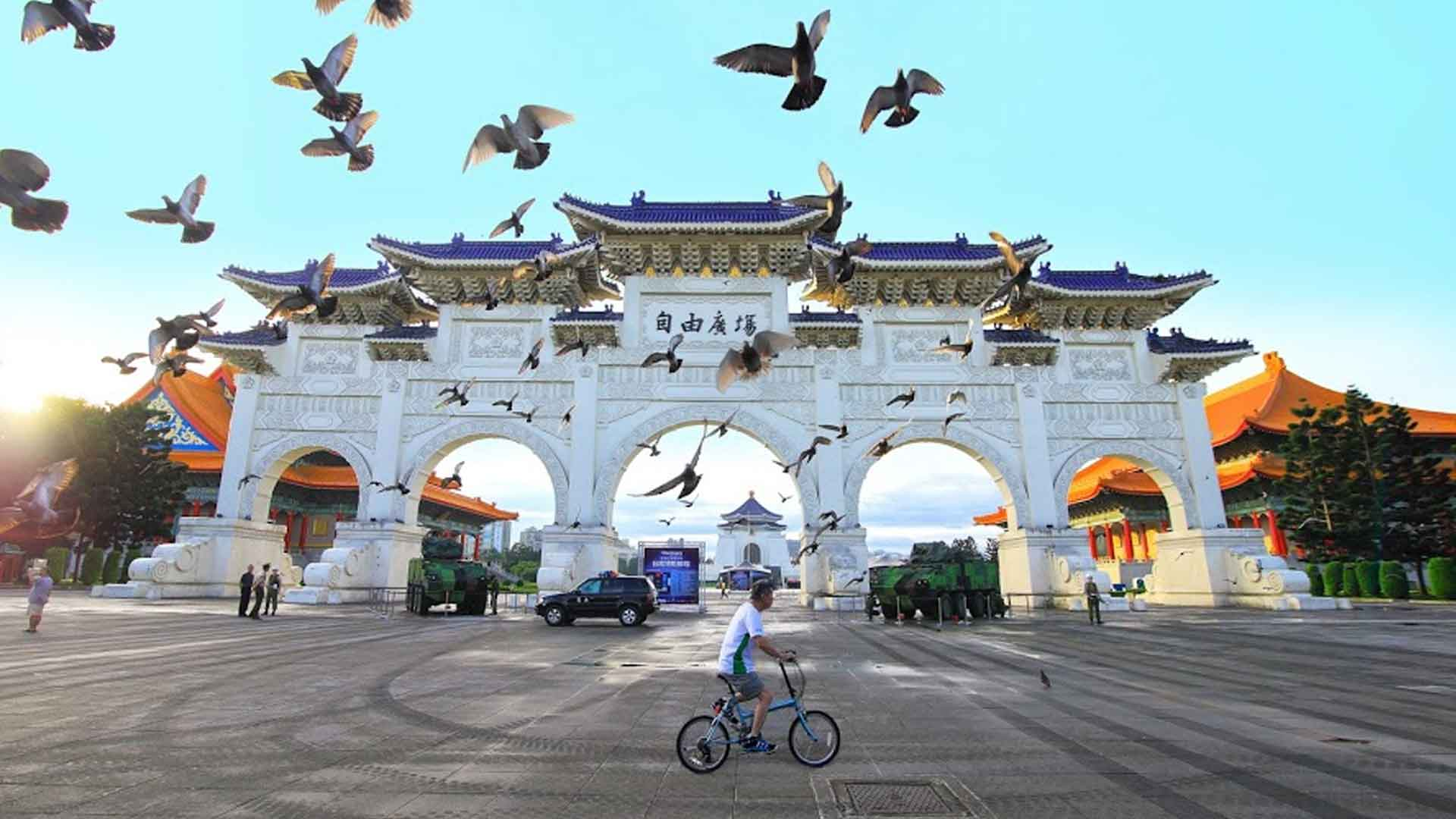 """10 lý do """"không nên"""" du học Đài Loan * TASS - USSH, VNU"""