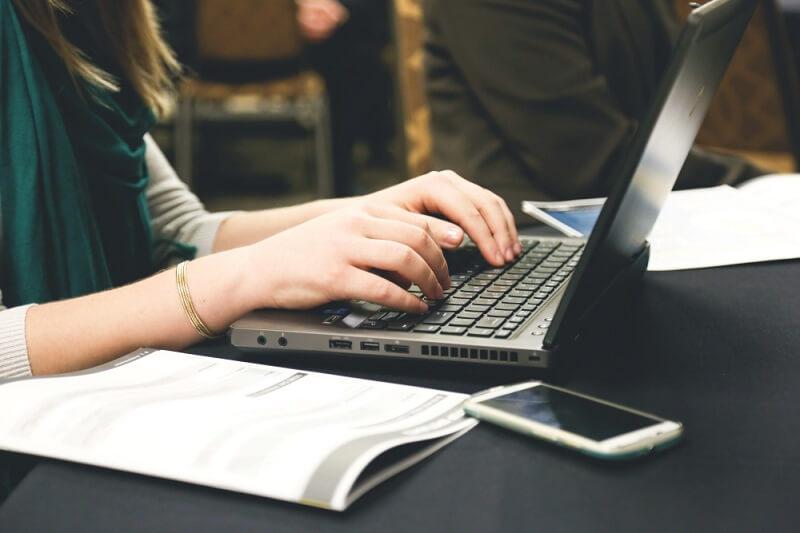 Top 5 việc làm thêm tại nhà giúp sinh viên rủng rỉnh