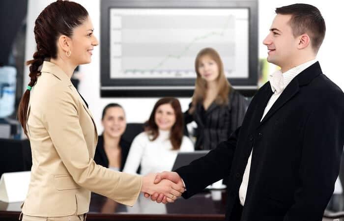 11 kỹ năng giao tiếp cơ bản giúp bạn thành công